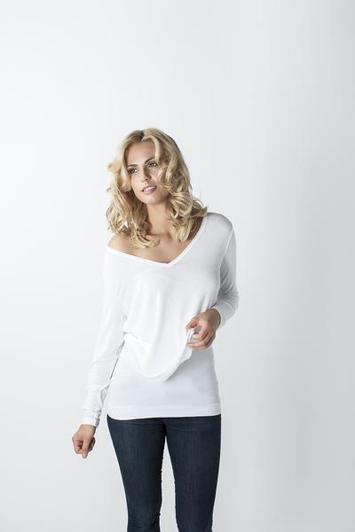 Essential White Laya-T