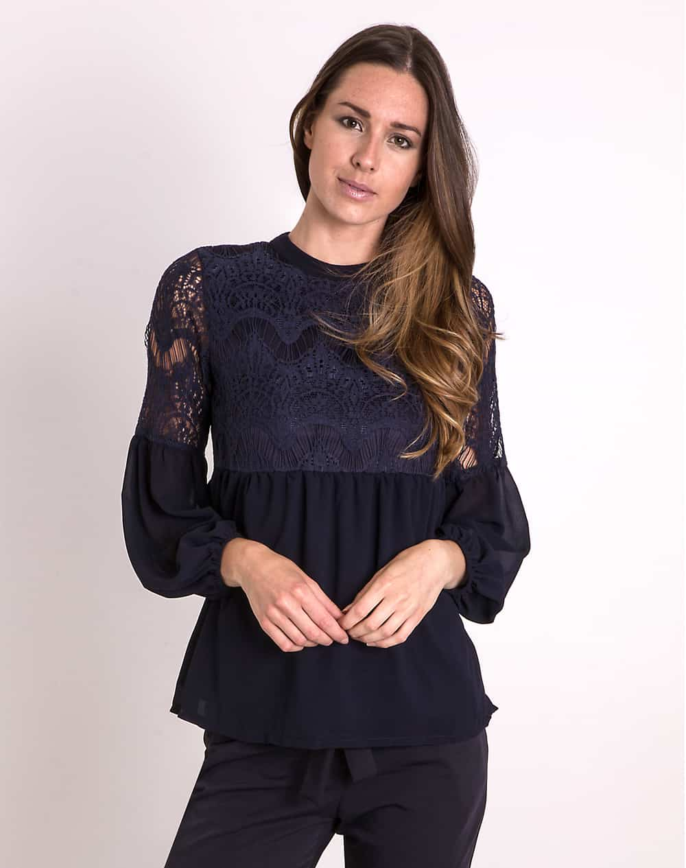 lace-ruffle-blouse